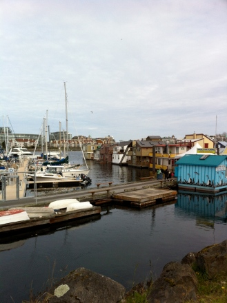 At one point in my life I would have love to live in one of these floating homes.