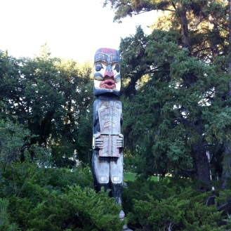 My friend the totem keeping watch over the Royal Lawn Bowling green.