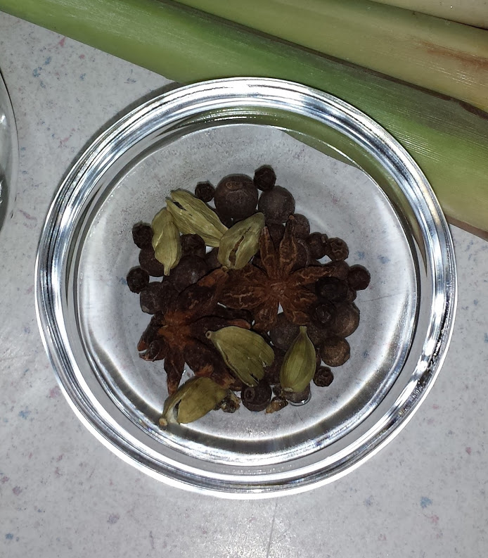 Cardamon Star Anise